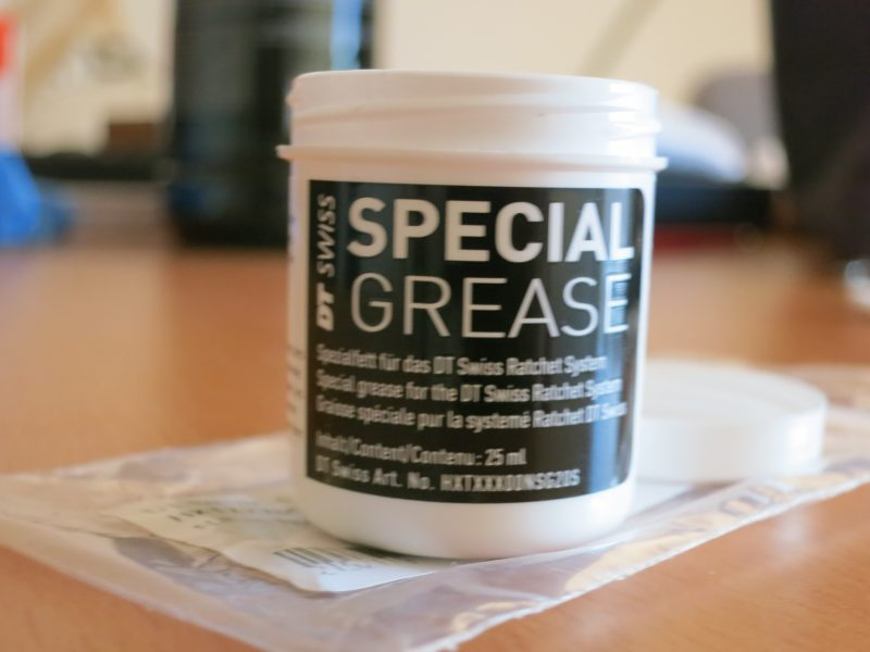 DTSwiss grease_02